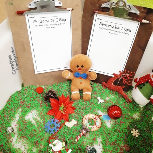 Christmas I-Spy sensory bin idea for kindergarten. Practice literacy and writing skills with this simple and fun sensory bin.